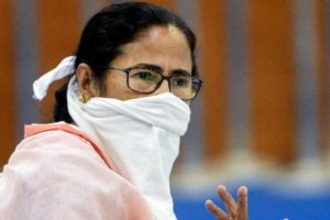COVID-19 Vaccine Shortage in West Bengal: Coronavirus Situation Might Turn Grim If Vaccine Supply Not Augmented in Bengal, Mamata Banerjee Writes to PM Narendra Modi