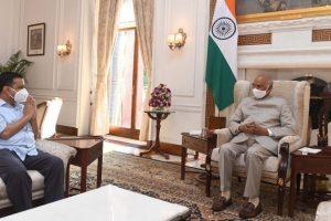 Delhi CM Arvind Kejriwal Meets President Ram Nath Kovind at Rashtrapati Bhavan