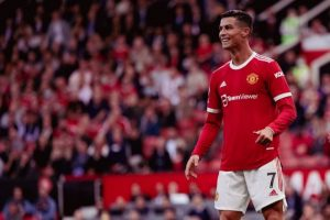 Cristiano Ronaldo Was Asked for His Shirt by Three Newcastle Players After Their EPL 2021-22 Match Against Manchester United (Watch Video)