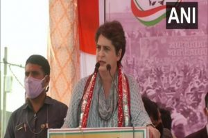 Uttar Pradesh Assembly Elections 2022: Priyanka Gandhi to Visit Lucknow on September 10, 11 to Hold Meetings With Election Committee