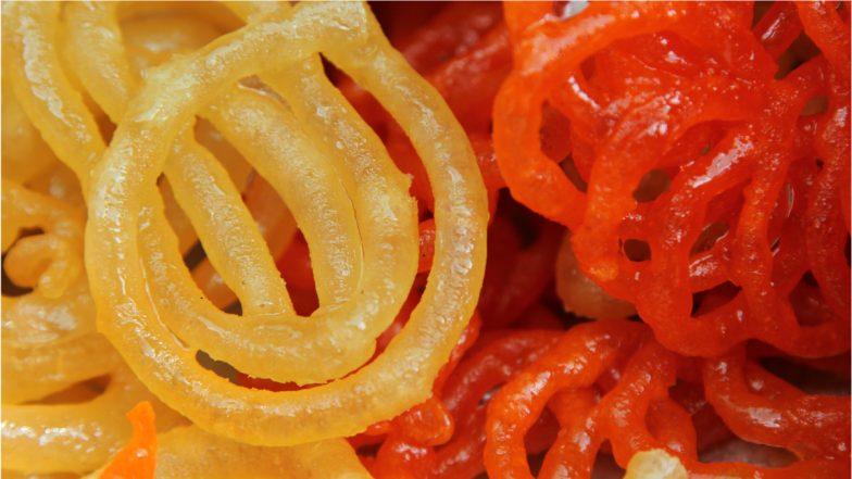 Dussehra 2021 Recipes: From Jalebi to Basundi, Yummy Dishes To Relish on the Festival