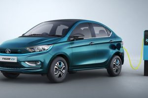 Tata Motors in Talks With TPG To Raise $1 Billion for Electric Vehicle Business