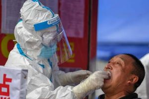 China Fights New COVID-19 Outbreak; Hundreds of Flights Cancelled, Schools and Tourist Sites Shut, Testing Ramped Up